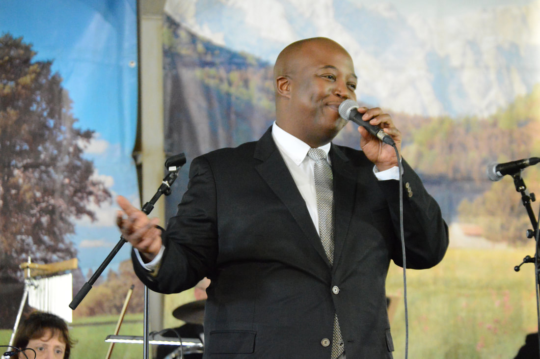 Silver Mountain Music with Tim Moloi